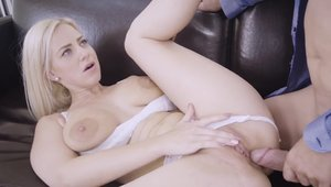 Blonde Steve Qute with Nathaly Cherie blowjobs