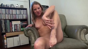 Alyssa Dutch in homemade reality masturbation