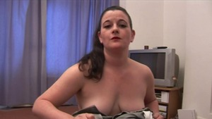 Sex in the company of super juicy british brunette