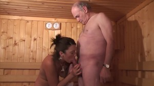 Young amateur threesome in sauna