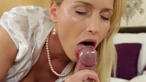 Inked blonde babe POV blowjobs
