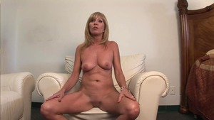 Nude mature does what shes told after interview
