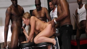 Moka Mora and Sean Michaels group sex