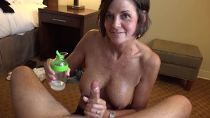 Tanned amateur goes for nailed rough