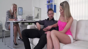 Big ass Kathy Anderson threesome sucking cock