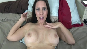 Perfect babe Mindi Mink rough bends to get fucked