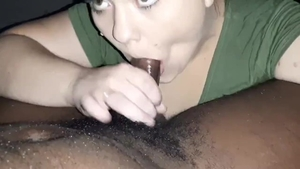 Brunette digs deepthroat in HD
