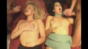 Charming supermodel goes for foursome HD