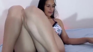 Big butt petite latina female hard orgasm on live cam HD