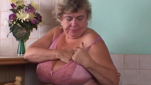Fingering escorted by german granny