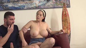 Huge tits chubby czech babe deepthroat at castings