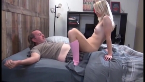 Amateur nailed by big dick daddy