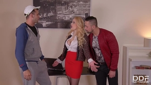 Good fuck escorted by lustful MILF Angel Wicky