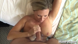 Chubby MILF has a passion for deepthroat