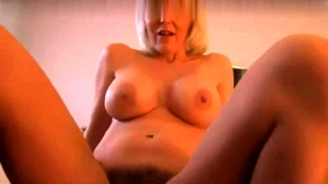 Amateur uncover big boobs