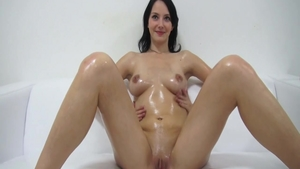 Very cute czech chick orgasm at the castings