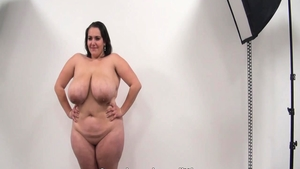 Big ass czech amateur pussy fucking at the casting