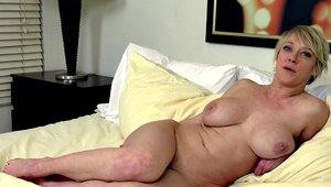 Softcore fucking hard together with MILF Dee Williams