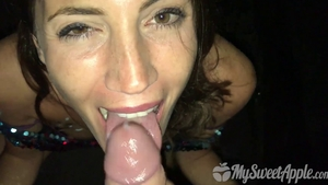 Skinny 18 yr old hardcore cumshot at the party