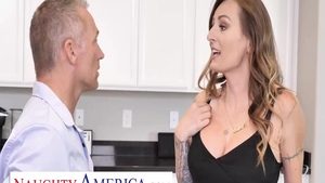 Huge tits employee Natasha Starr finds irresistible facial