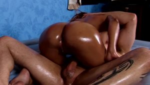 Exotic babe amateur agrees to stroking in HD
