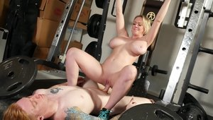 Very nice Dee Williams moaning workout