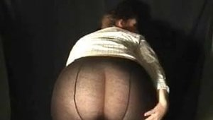 Super juicy pawg enjoys rough sex wearing tights