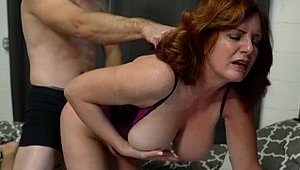 Jerky Wives: MILF Andi James got her pussy smashed in the bed