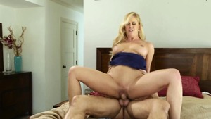 Horny blonde hair digs sex scene