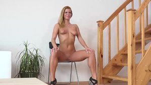 Hot czech brunette Lady Dee wishes for hard pounding