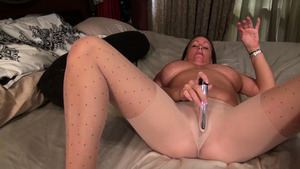 Hard pounding together with very hawt mature Anna Moore